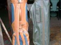 set of 2 golf bags $7 for both. call  Location: