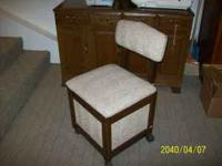 SEWING MACHINE chair, with storage in the seat. Perfect