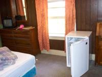 Seymour Furnished Room, Privet Entrance ,Residencal and