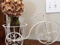 This charming Shabby Chic Painted White Wrought Iron