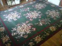 Beautiful, like new 8 X 10, Shaw Rug. Comes with