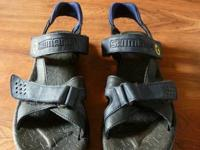 These sandals are well used but still in great shape.