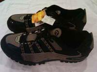 Brand new pair of mens size US-9, EU 43 Shimano MTB
