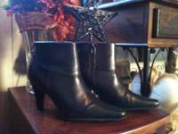 Picture 1: Black Croft and Barrow Boots - Size 8.5 -