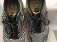 Brooks men's shoes size 7.5 used a few times, with a