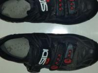 One of the only WIDE bicycle shoes manufactured. In