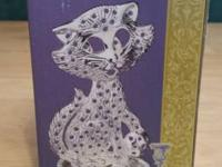 This is a BEAUTIFUL METAL KITTY CAT EARRING HOLDER. It