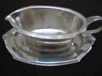 Wilcox International Silver gravy boat w/saucer