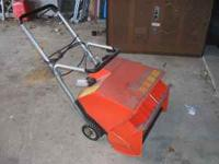 Runs and works good. Electric start Must mix gas and