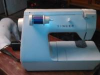 Singer- TOUCH-TRONIC 2010 MEMORYSewing-Machine- CALL