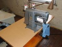 Hey, i have a Singer commercial box tacker sewing piece