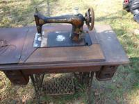 Antique Singer Sewing Machine with Table Top Complete,