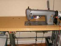 Singer straight line sewing machine, no reverse, great