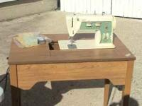 Excellent Used Condition Sewing Machine. Has Been Very