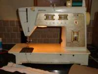 For Sale Singer Touch & Sew Deluxe Zig-Zag Model 750