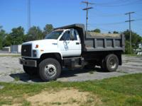 1995 CHEVY single axle dump truck CAT disiel 5 speed