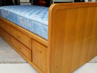Type: Furniture Type: BEDROOM Storage & 4 drawers