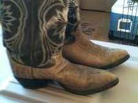Size 10 boots Michelle  call or text Location: