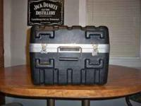 This is a SKB microphone case in good condition.