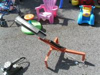 skeet thrower $25.00 can be seen at HAZEL GREEN THRIFT