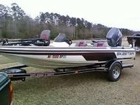 2004 skeeter sx 170 with 2009 yamaha 115 4 stroke. Has