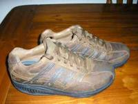 Sketchers Shape-ups for men in good condition only worn