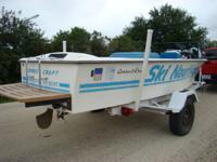 This is a 1978 Correctcraft ski boat that runs perfect