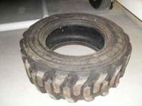 SKIDSTEER TIRE 265/70D16.5 LIKE NEW 50$$  Location: bay