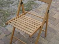 Nice chair in excellent condition folds to nearly flat,