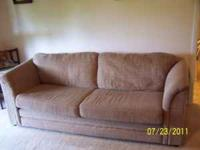 Pull out sofa hide a bed 7 ft excellent condition,Beige