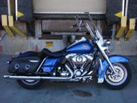 2010 Harley Davidson FLHRC Road King Classic. Super