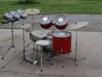 I have a Slingerland Drum established available that I