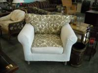 Nice slip cover arm chair in great condition. Only $89