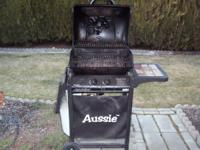Small Aussie Propane BBQ, Propane Tank included. Works