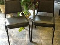Comfortable & sturdy! Great for waiting area in salon