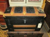Here is a nice small dome top trunk with an orante
