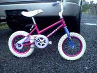 Small girls bike,good condition. $10.00 Call  Location: