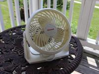 Small white table top fan. Great condition, works