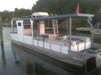 2012 Clearance 14'PondToon with a 6' beam offers