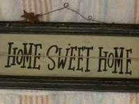 Small Primitive Wooden Sign Home Sweet Home. Metal wire