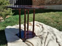 Type:Living RoomType:TablesA small end table. About
