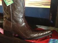 Pair of brown Snake Skin Cowboy Boots.  Like new. size
