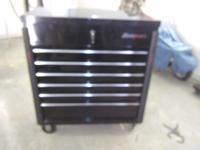 Snap-on tool chest new in 2015 black excellent