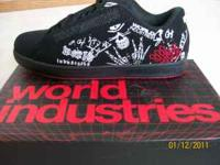 New in box world industries smith le black bones