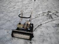 SNOW BLOWER==[GAS AND OIL MIXTURE]--NEEDS MINOR TUNE