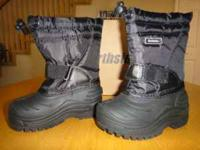 Northside Snow Boots Brand New still in box Black size