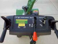 John Deere 524D Walk-Behind Snowblower. 5HP, 6 forward
