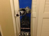 Lib Tech TRS edition snowboard. It is 157cm. The