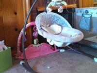 Fisher Price Snugabunny infant cradle swing. EXCELLENT