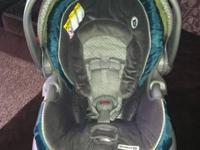 I'm selling my sons Graco snugride 35 carseat and base